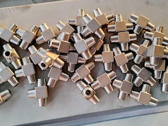 不锈钢锻制小口径对焊等径三通
